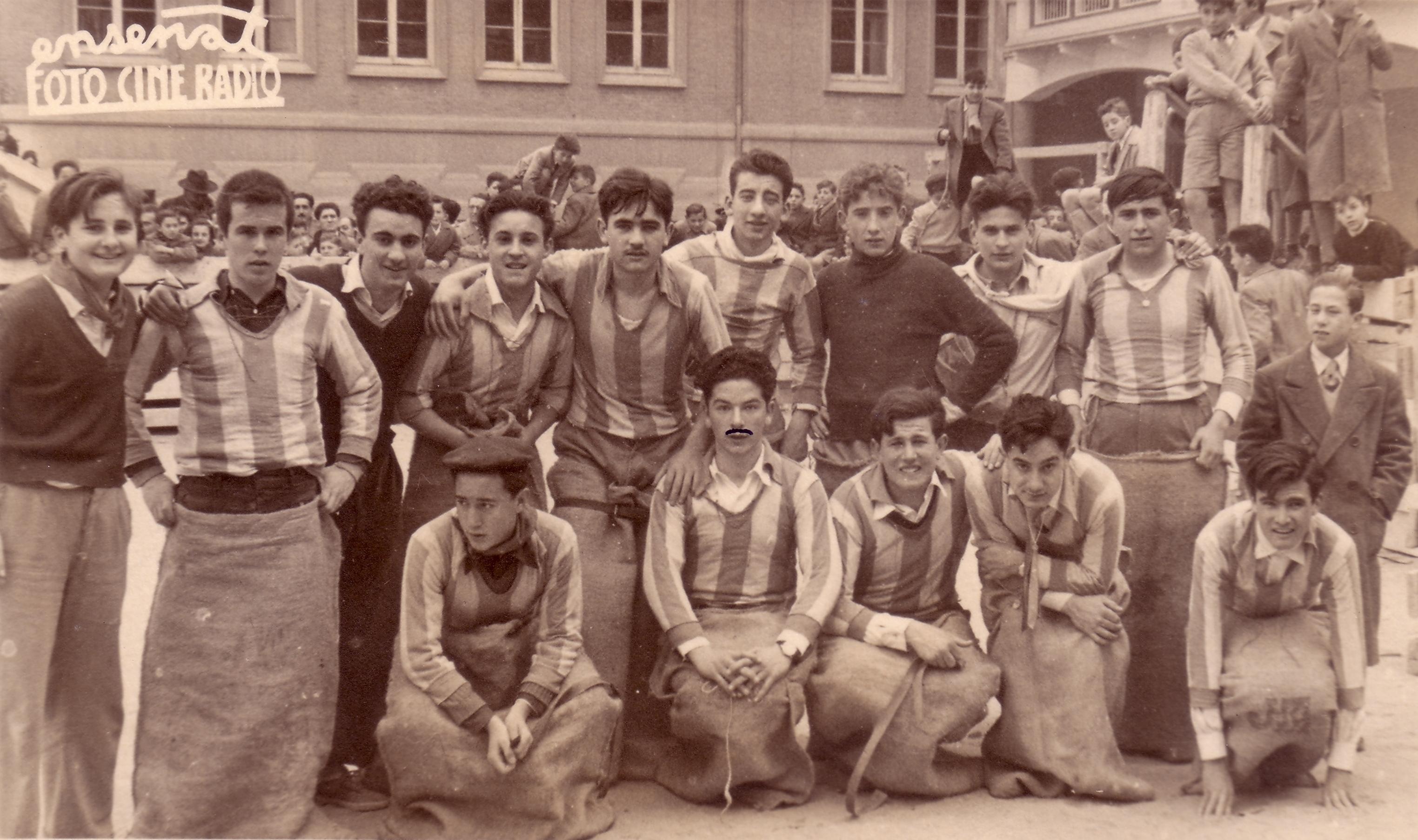 1953 PREPARANDO PASEILLO