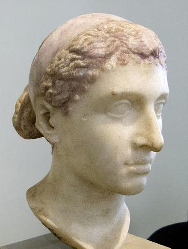 Cleopatra VII Filopator, reina faraón de la Dinastía Ptolemaica de Egipto (S. I a.C.). Fuente de la imagen : http://bit.ly/2kZwKYO