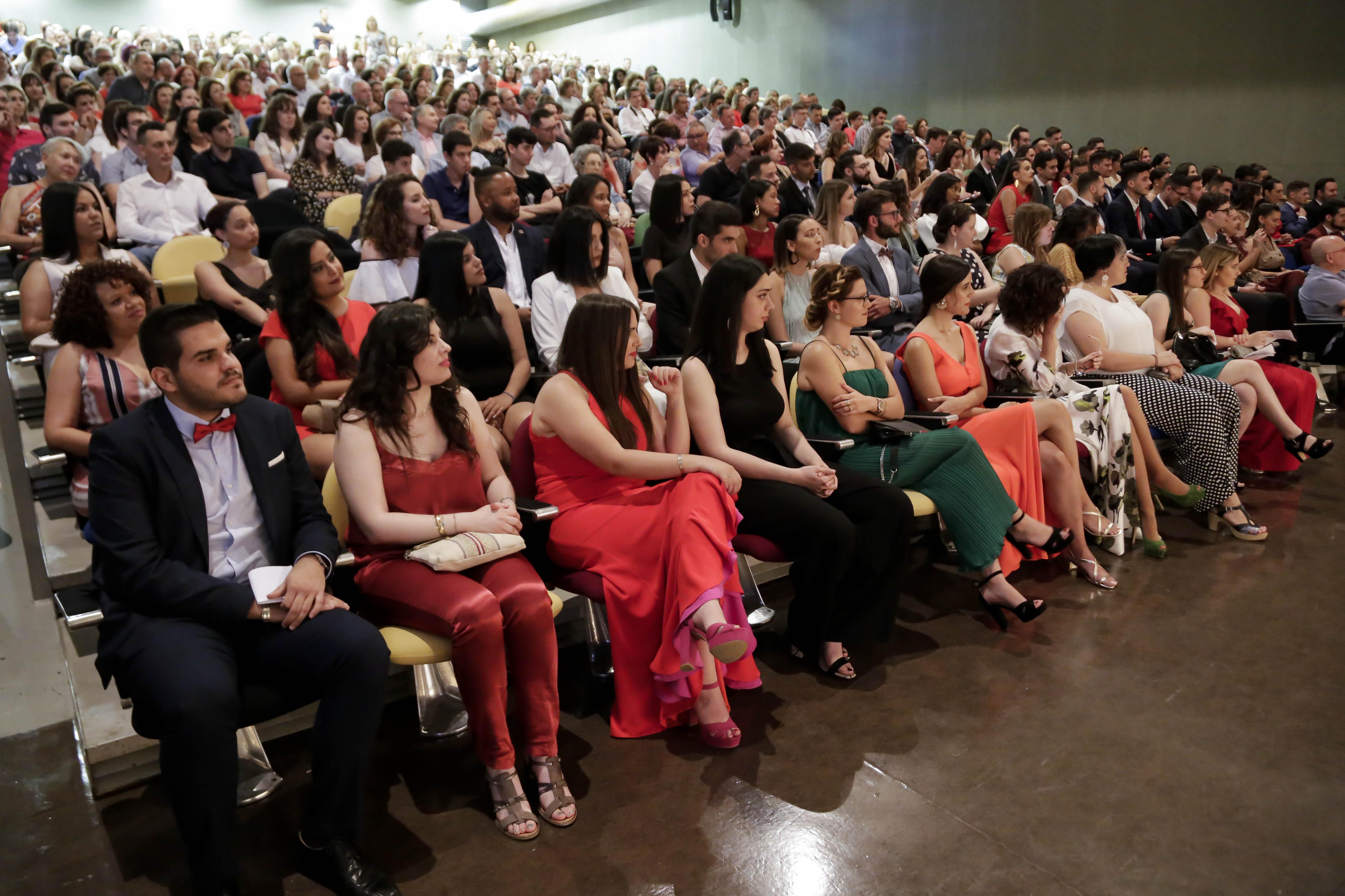 Graduación Periodismo-2.jpg