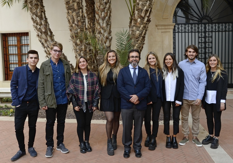 Estudiantes internacionales de la UMU descendientes de murcianos son recibidos por el Gobierno regional