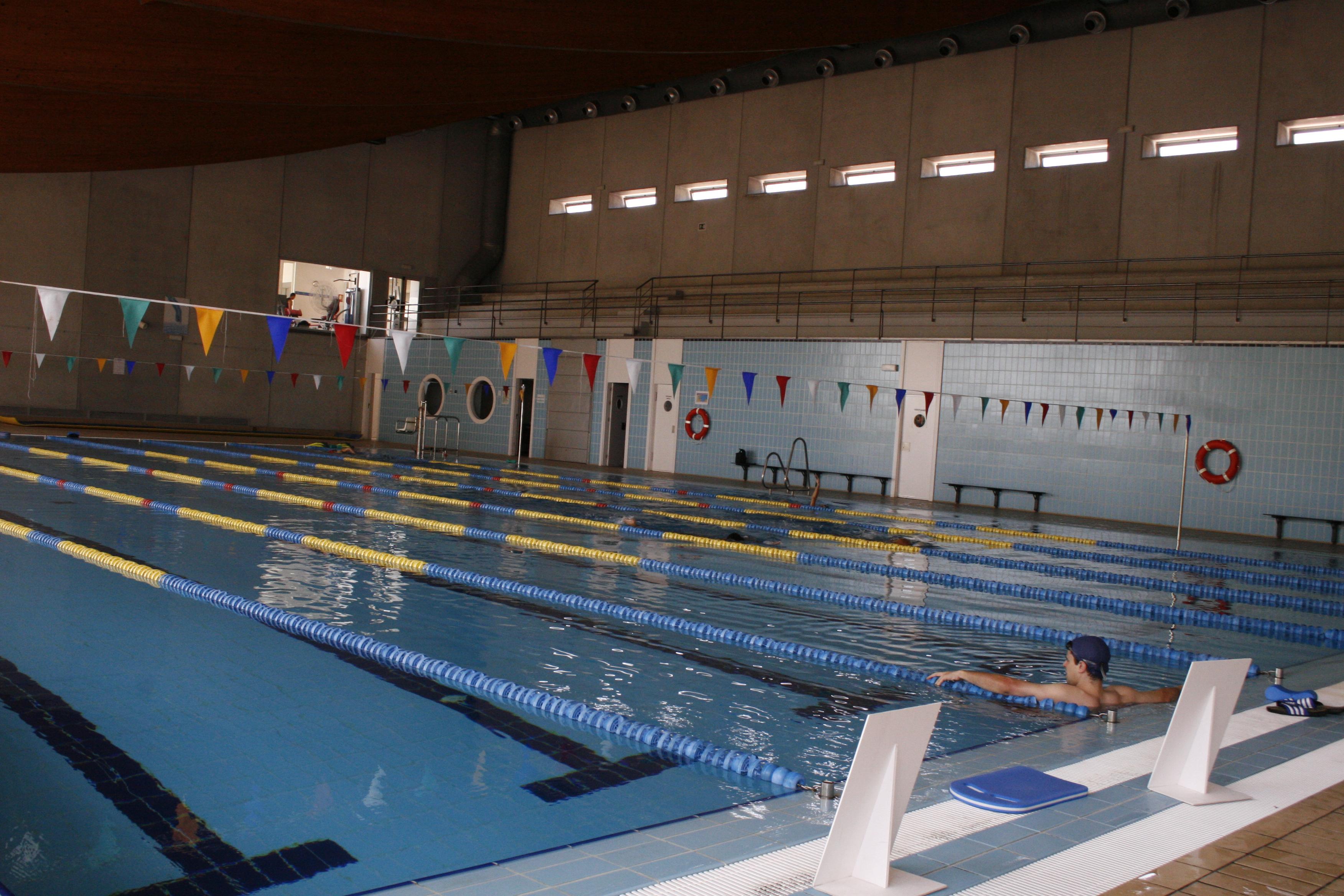 Piscina climatizada alcobendas piscina climatizada for Piscina de alcobendas