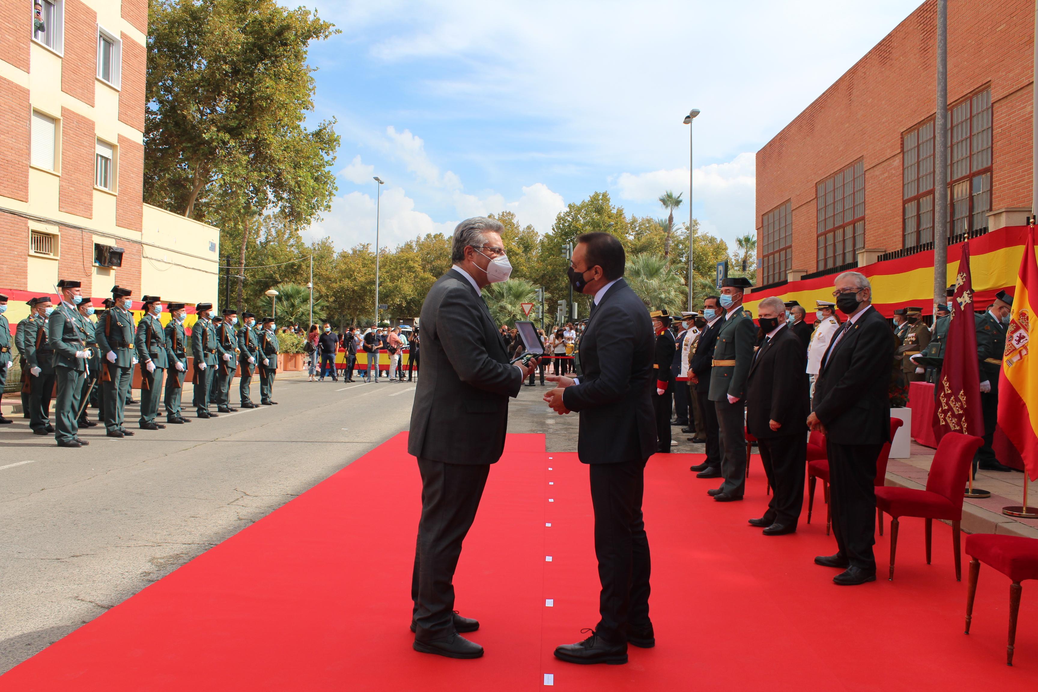 Orden del Mérito de la Guardia Civil para Antonio Juan García