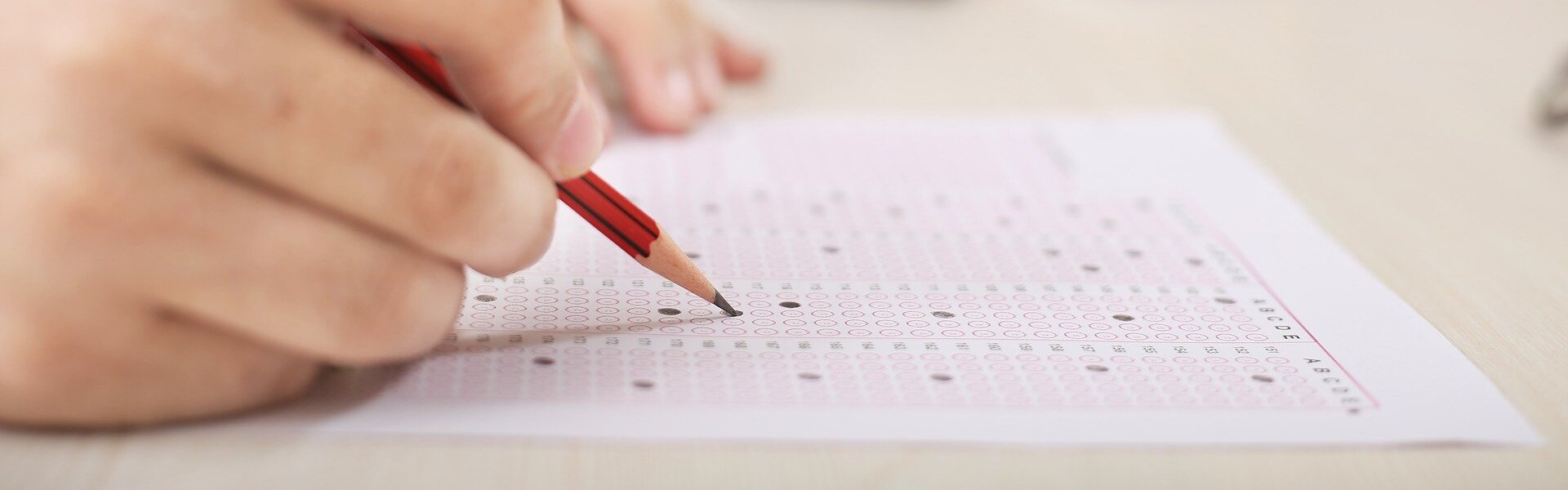 En el top diez de los exámenes de interno residente