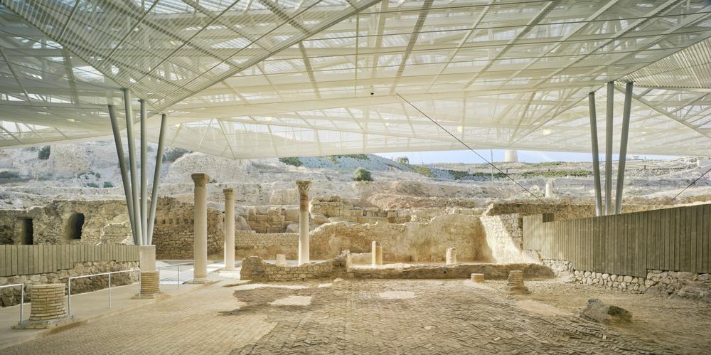 Nueva cubierta para los restos arqueológicos del foro romano de Cartagena.