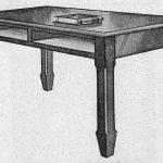 Mesa plana con cajones.